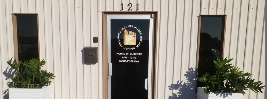 Entrance door of South County Food Pantry